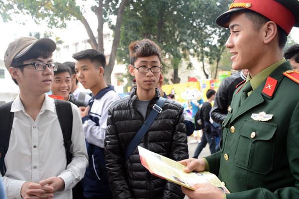 Nhóm ngành An ninh quốc phòng, Báo chí chiếm đầu bảng Nguyện vọng 1