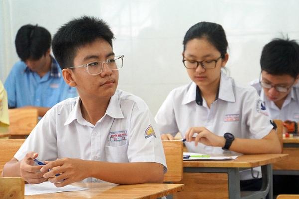 Tỉ lệ chọi vào lớp chuyên Anh trường Phổ thông Năng khiếu - Đại học Quốc gia TP HCM là bao nhiêu
