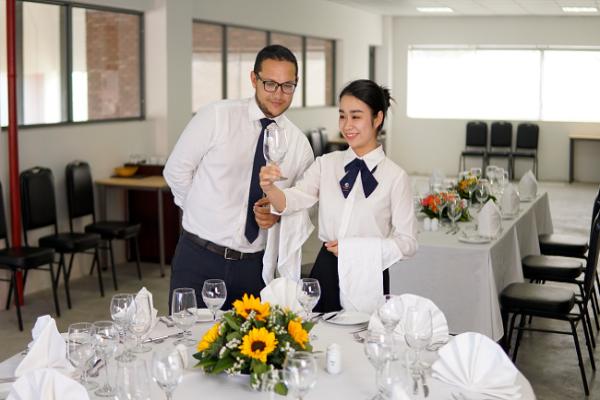Danh sách những trường đào tạo ngành quản trị khách sạn tại Đà Nẵng