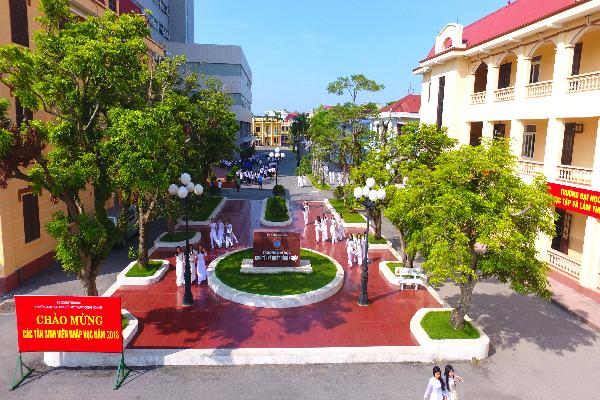 Điểm chuẩn và học phí trường Đại học Kinh tế Kỹ thuật Công nghiệp 2021