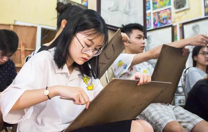 Danh sách Các trường đại học tổ chức thi năng khiếu online