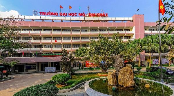Danh sách các trường đại học lấy điểm trung bình ở Hà Nội