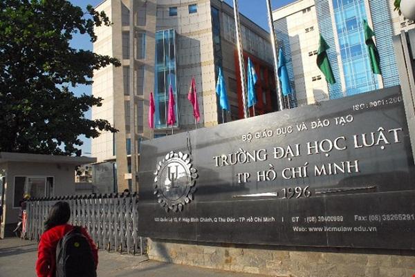 Điểm sàn xét tuyển Đại học Luật TP HCM 2021