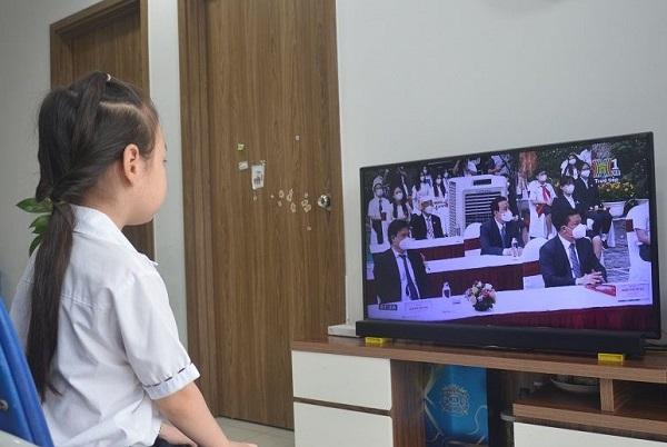 Lớp 1, 2 học online trên các kênh truyền hình nào?
