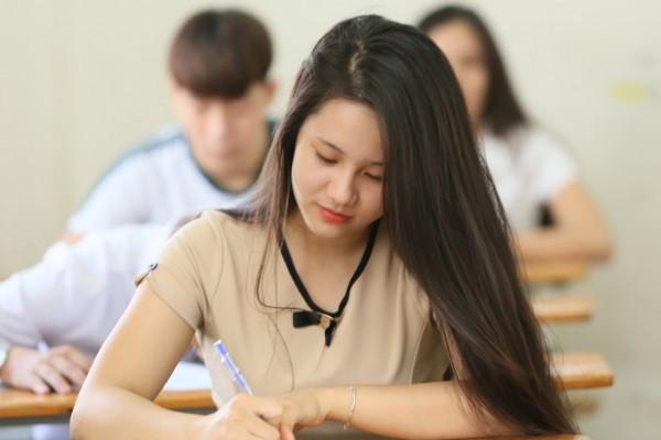Khối C03 nên thi trường nào? Ngành Quản trị kinh doanh có thi khối C03