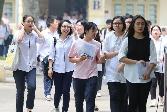 Cách tính điểm chuẩn và học phí Đại học Kinh tế - Đại học Quốc gia Hà Nội