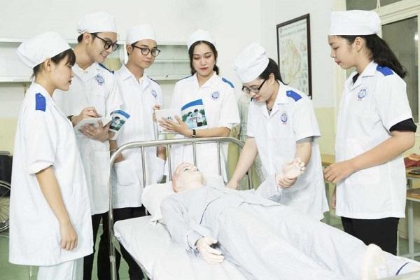 Danh sách những trường Đại học đào tạo ngành điều dưỡng ở Hà Nội và TP HCM