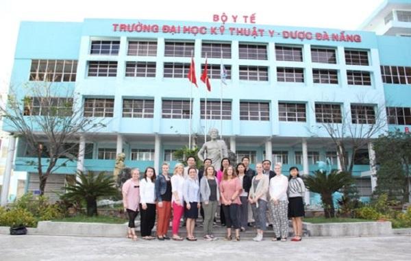 Website và học phí đóng học của trường Đại học Kỹ thuật Y - Dược Đà Nẵng